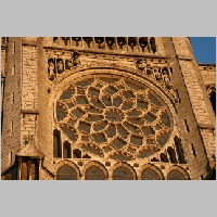 North rose window, Photo by Sacred Destinations on Flickr.jpg